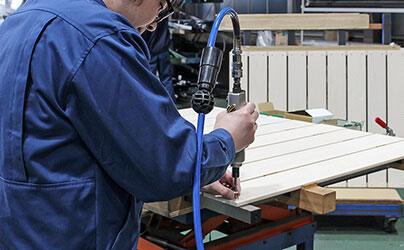 樹脂製目隠しフェンス国内自社工場のご案内