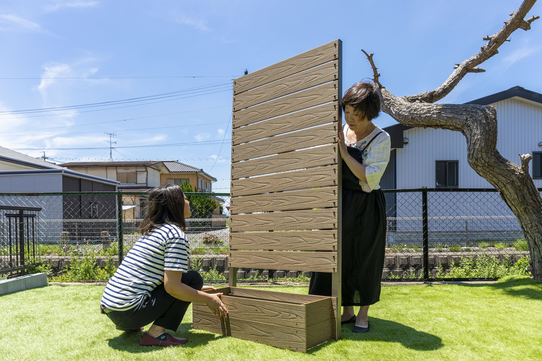 ぽんと置くだけフェンスの組み立ては簡単