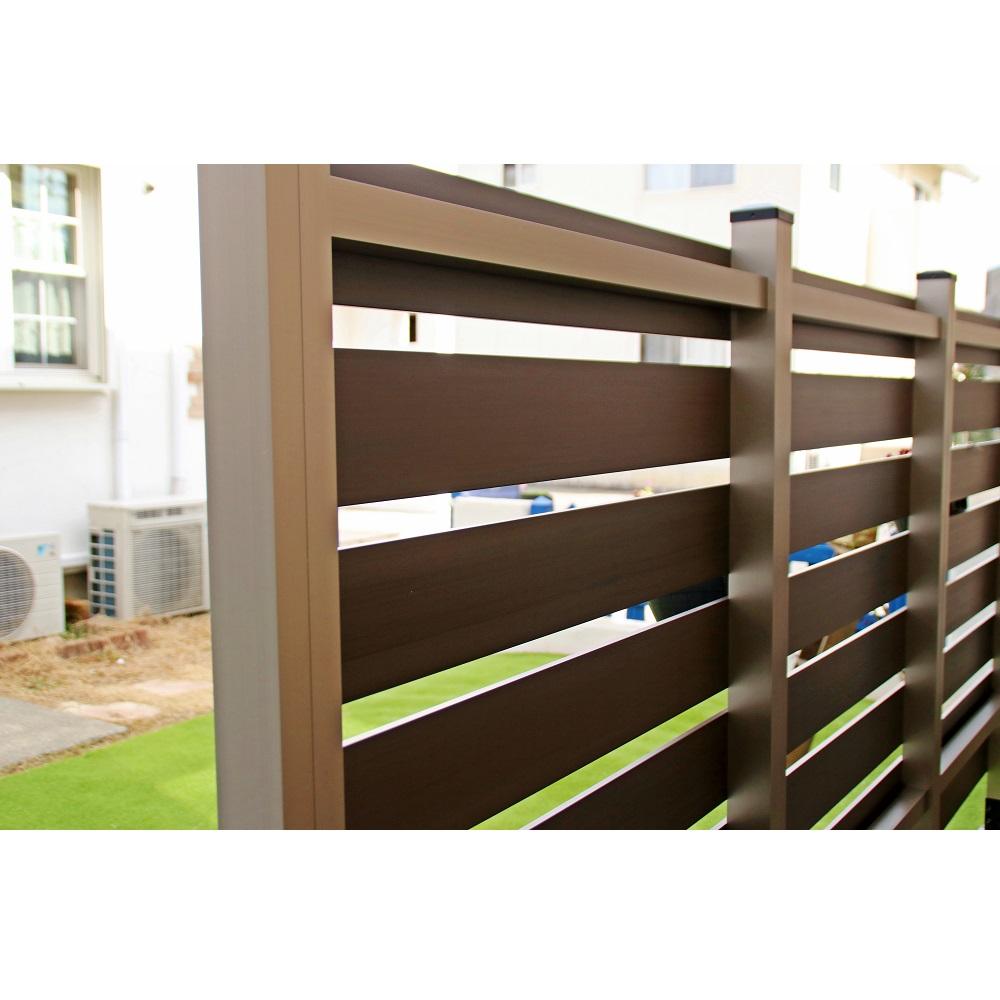 ブロック用フェンス ボーダー板間隔3cm高さ140cm幅90cmの裏側